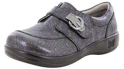 Best Dress Shoes for Flat Feet Women